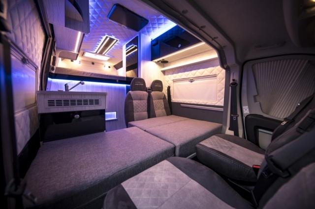 4-5 Betten im Wohnmobil  mit Garage bis zu 7 Personen