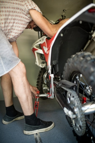 motorradgarage im camper im wohnmobil vr motorhomes groesster garage
