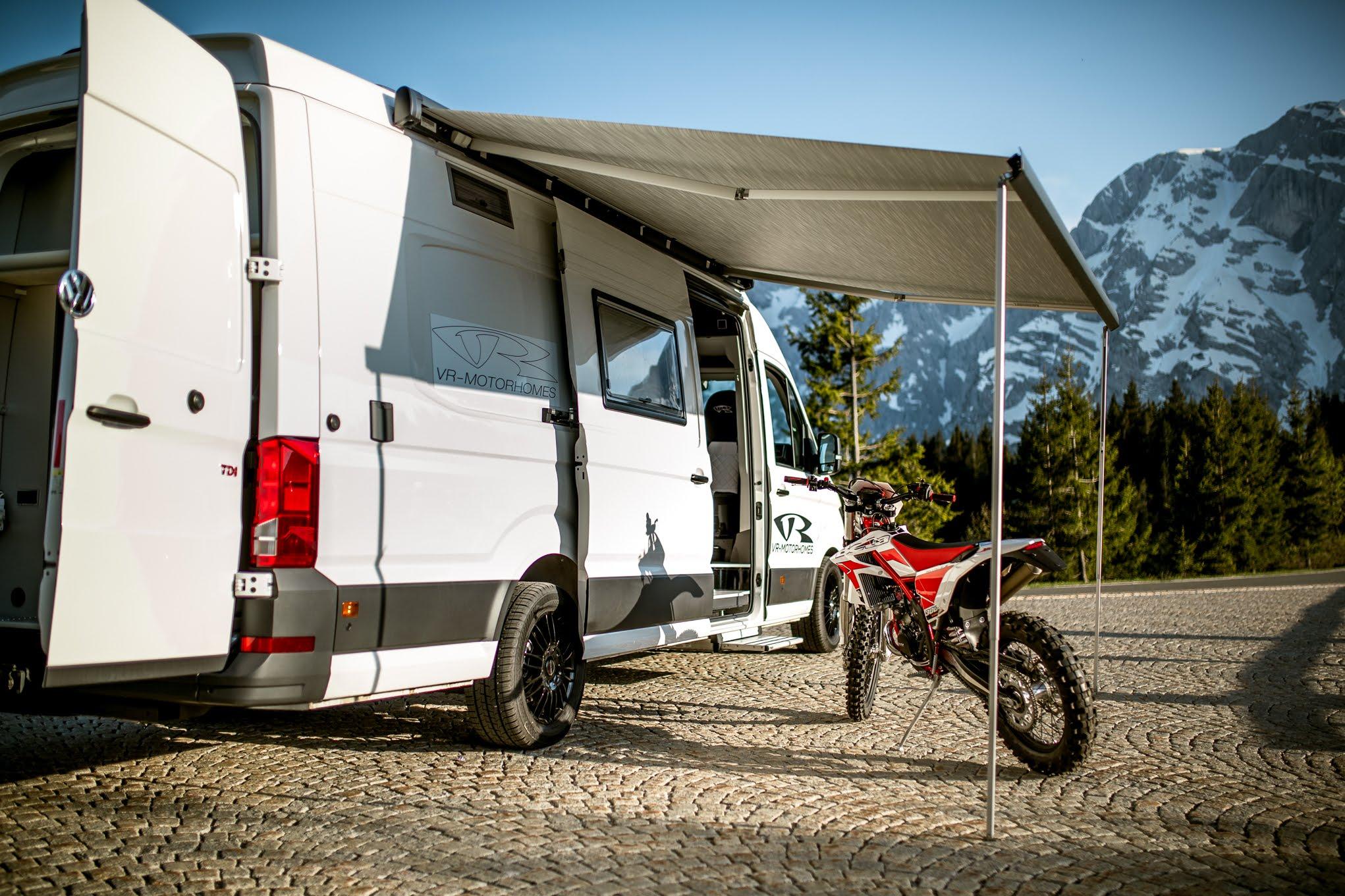 transporter mit motorradgarage mx motocross enduro bmw gs on board vr motorhomes