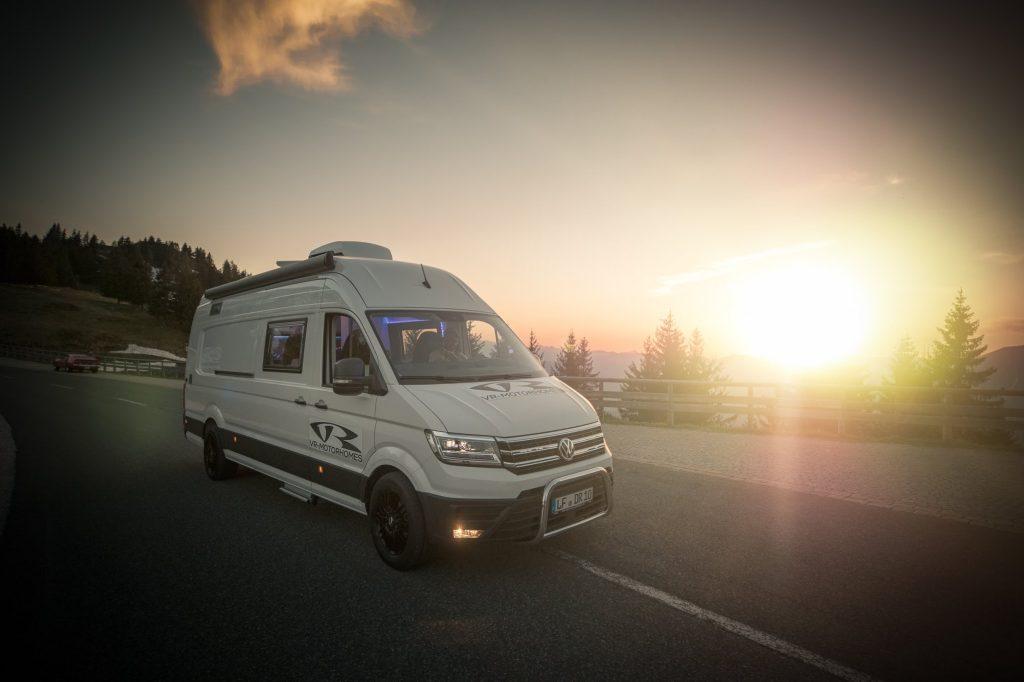 VR Motorhomes VW Crafter Renntransporter
