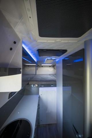 VR interior design camper architekt wohnmobil kastenwagen luxus sportscraft sitze isri aguti alpine 903 Androit focal boxen led licht sparsam dachklima dometic truma standklima