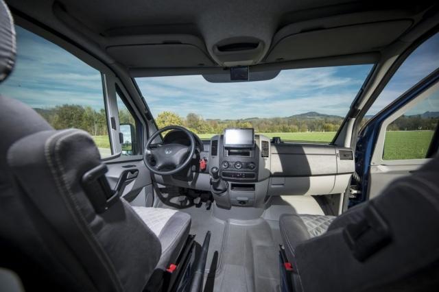 VR interior design camper architekt wohnmobil kastenwagen luxus sportscraft sitze isri aguti alpine 903 Androit