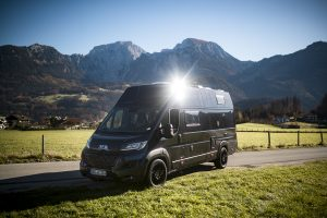VR Motorhomes blackedition vw crafter grand XL california