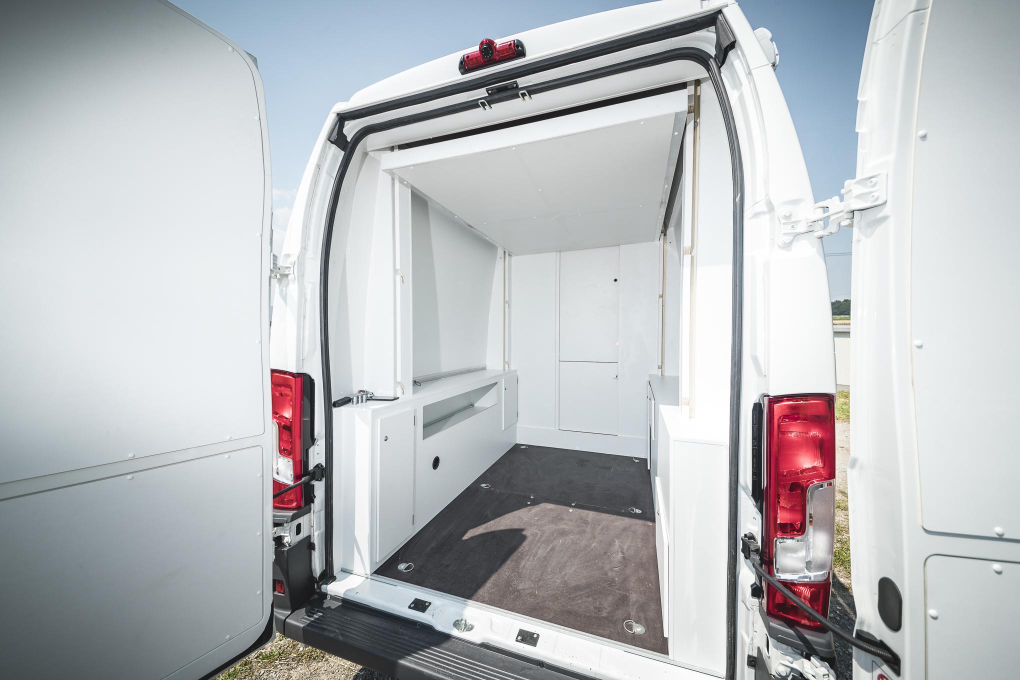 Garage Fiat Ducato : Kastenwagen umbau transporter renntransporter vr motorhomes