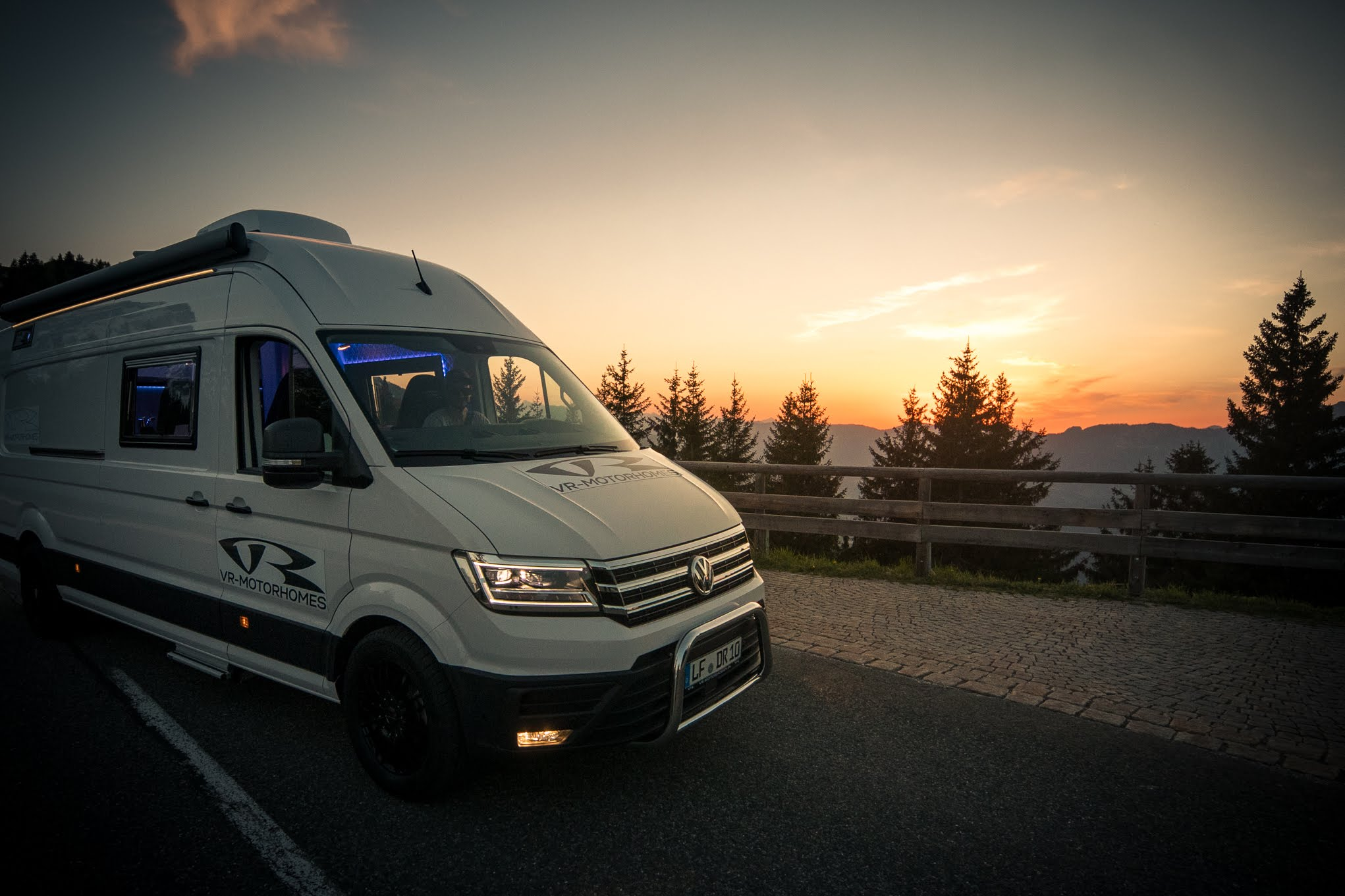 vr-motorhomes vanlife new crafter best in the