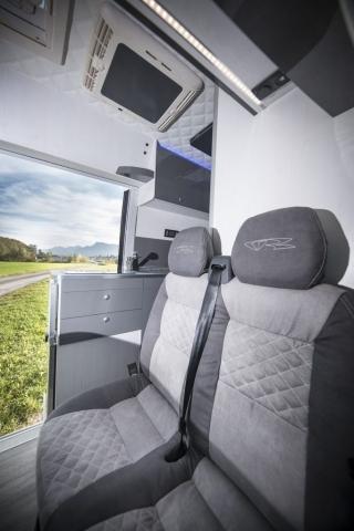 VR interior design camper architekt wohnmobil kastenwagen luxus sportscraft sitze isri aguti alpine 903 Androit focal boxen led licht sparsam