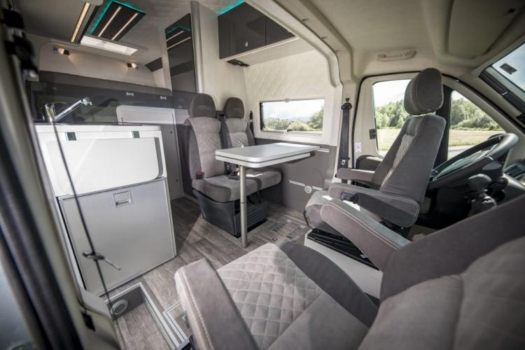 VR motorhomes interior kastenwagen nutzfahrzeug california grand 600 camper renntransporter racecamper