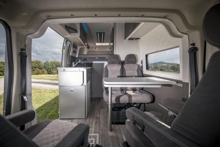 VR interior motorhomes renntranpsorter racecamper luxus wohnmobil