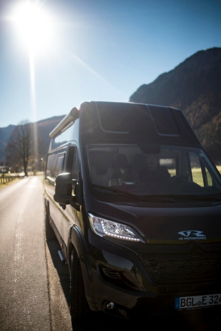 BGL 83395 Freilassing VR motorhomes vans racecamper renntransporter no california hubbett dachbett aufstelldach