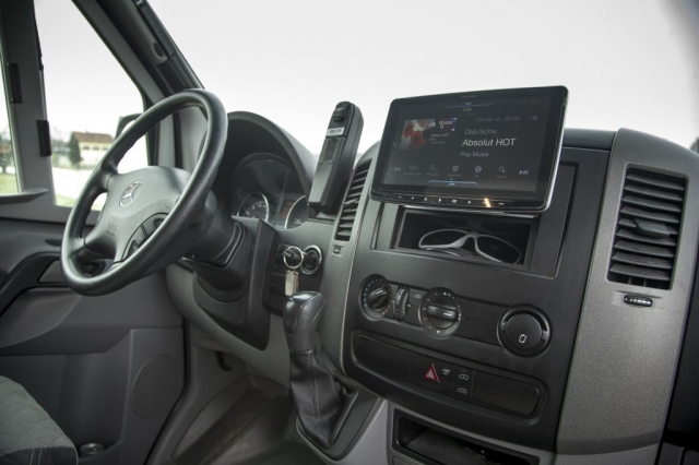 VR Sprinter 7tronic mit Alpine 903 soundsystem surroundsystem