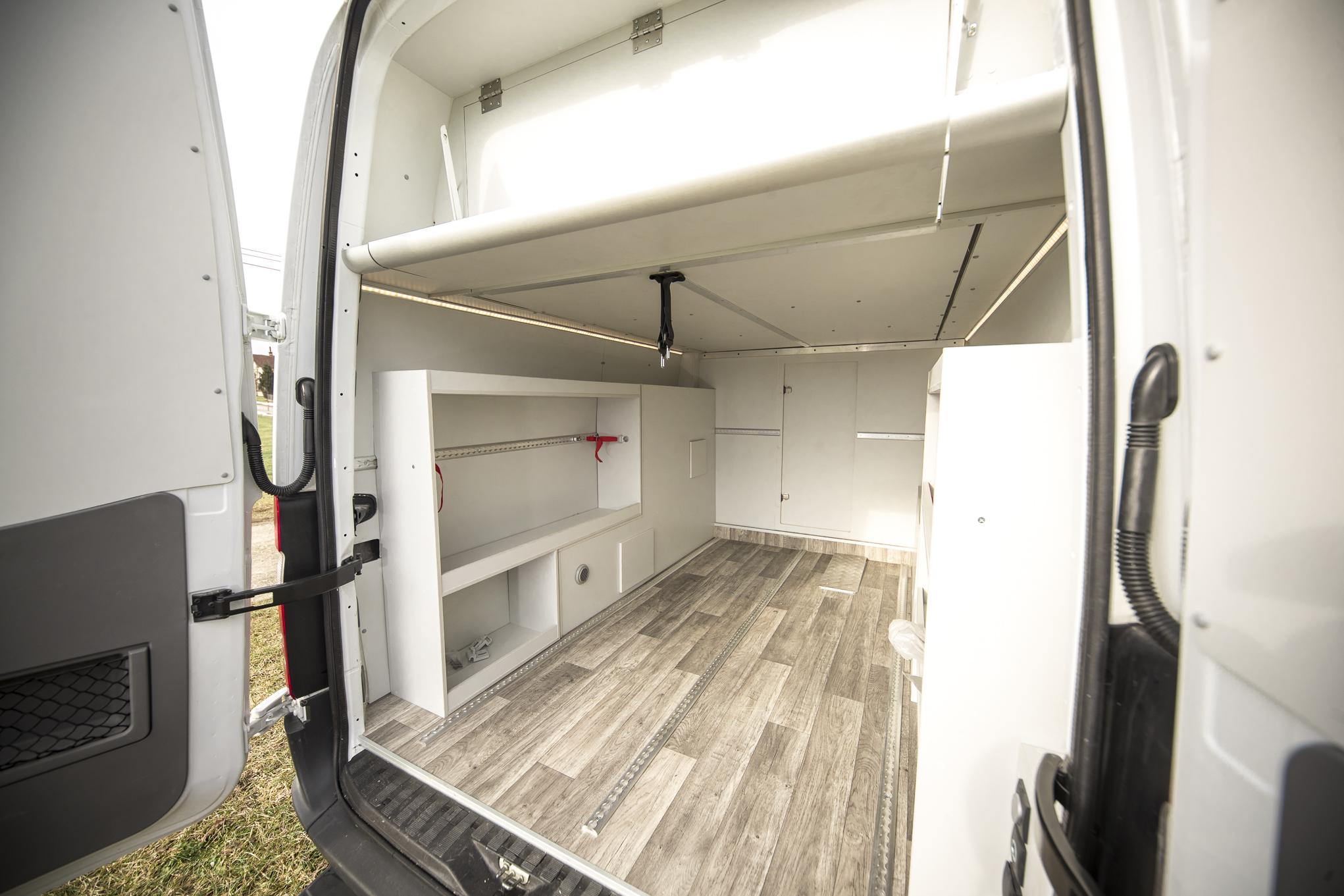 sprinter garage heckgarage riesig klappbett superfunktional crafter 319 316 cdi