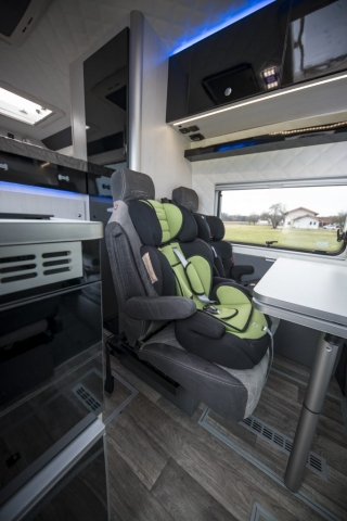 VR business sitzbank bequeme sitzbank ausziehbar lehne verstellbar rückenteil armlehne camper doppelsitzbank luxus angenehm