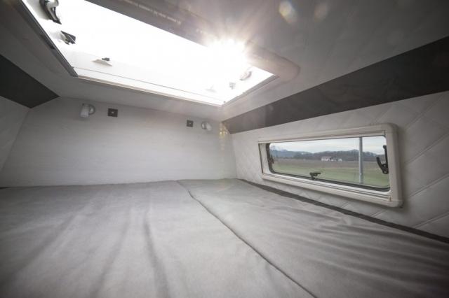 vr motorhomes vr van Bett im Wohnmobil camper querbett längsbett laengsbett schlafwiese