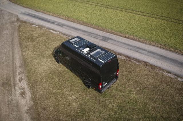 Renntransporter Luxus camper motorrad garage heckgarage wohmobil unter 3,5t vw crafter mercedes sprinter