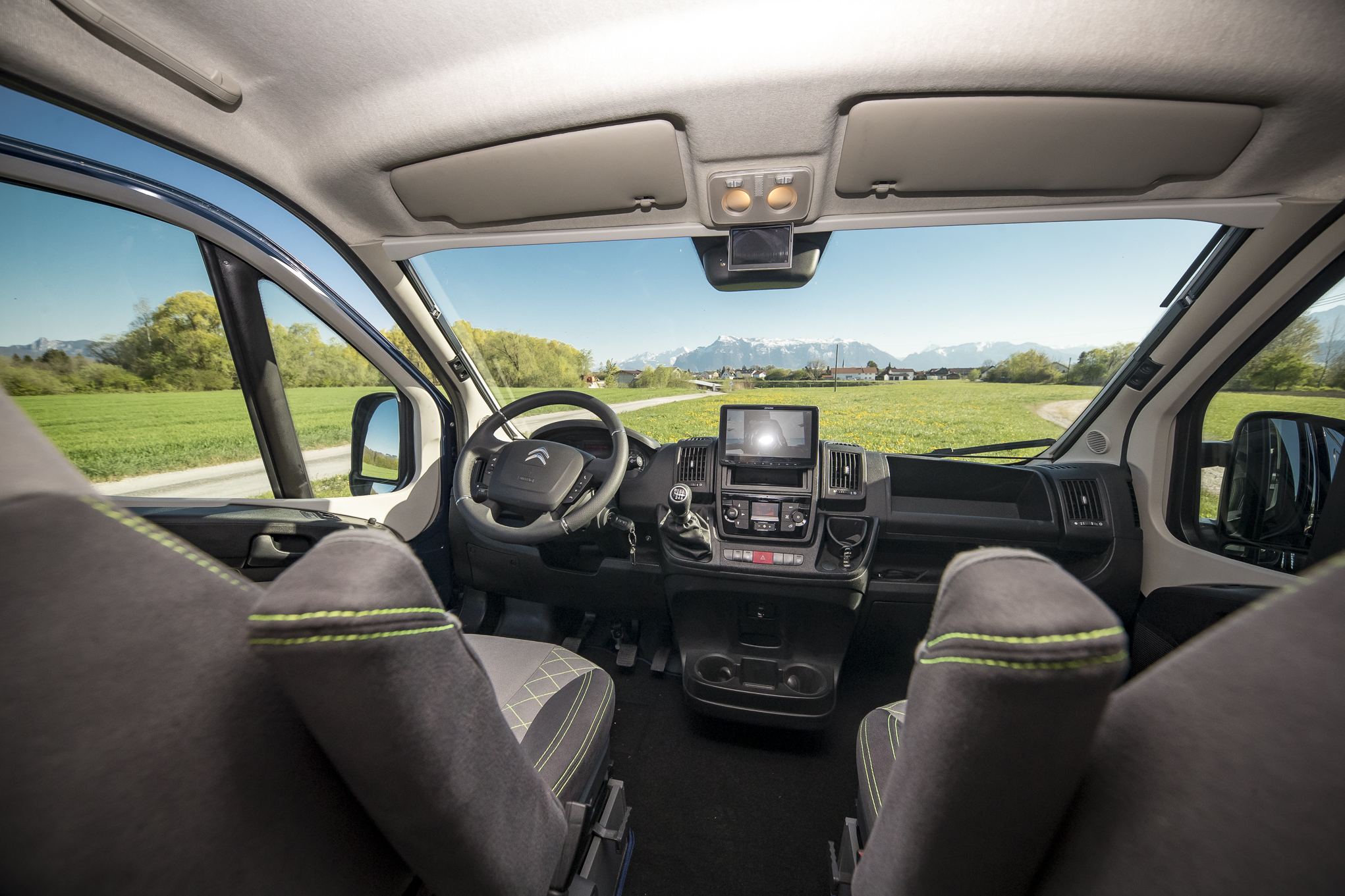 VR-Luxus Camper Alpine 903 Musik sound citroen jumper fiat ducato VR seat camping camper vanlife