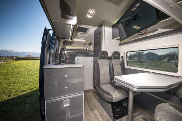 vrm vr motorhomes renntransporter van interior luxus camper grey green limited edition seits s7 fenster s4 dometic