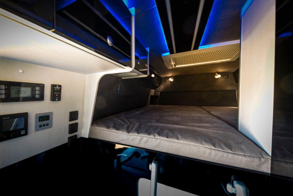 MAN TGE Luxus Wohnwagen Hochbett