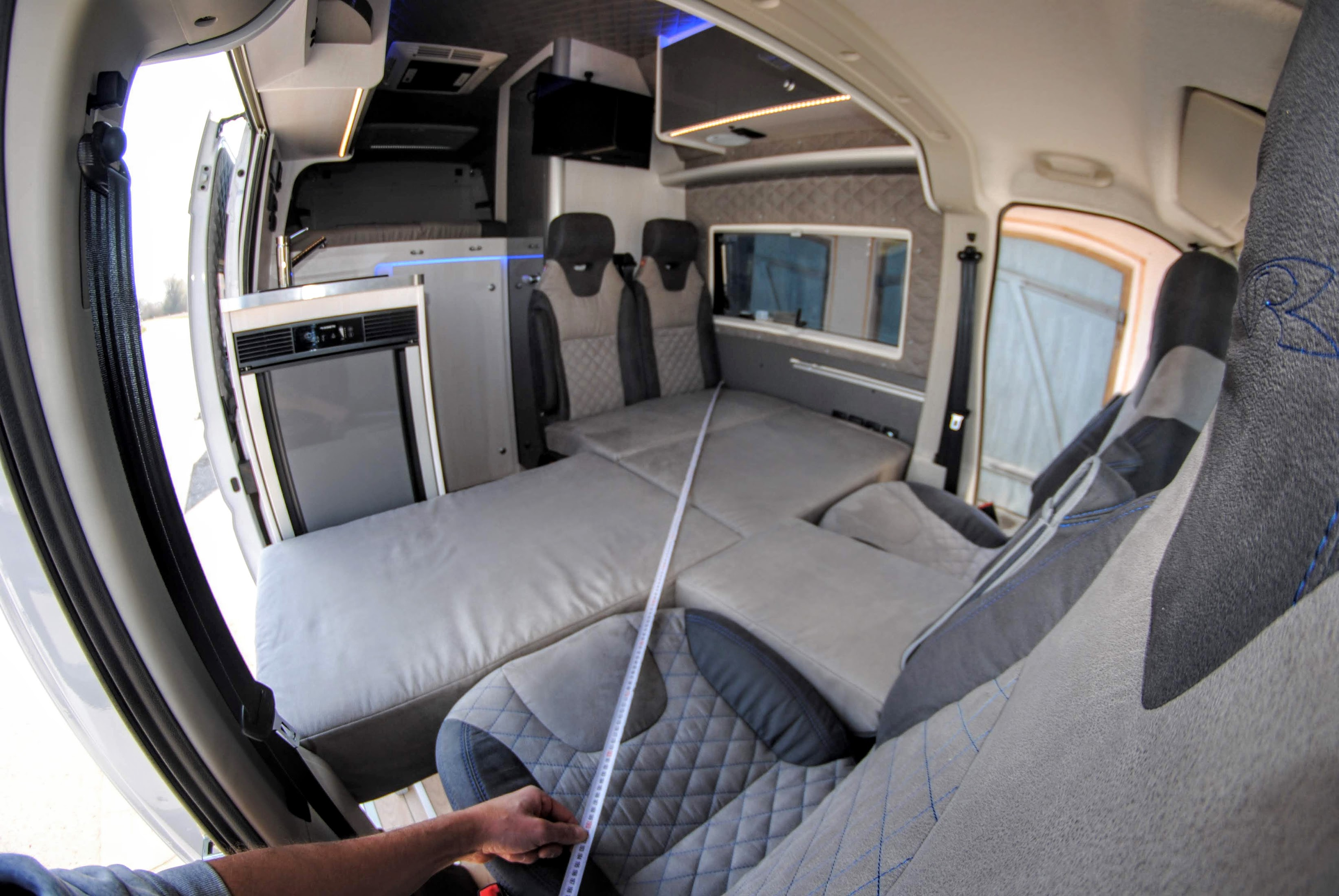 1,80m 1,90m 2m meter bett im Camper vorne 2 4 6 schlafgelegenheiten in einem 6meter kastenwagen