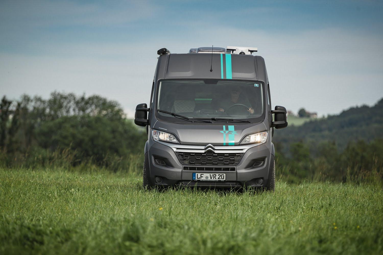VR Motorhome Racevan