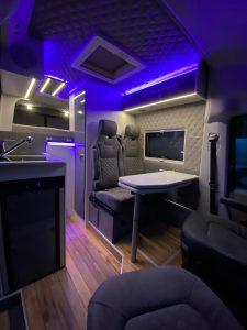VR MAN M6 Camper